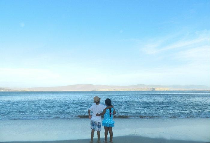 Pareja en playa de Huaral Peru