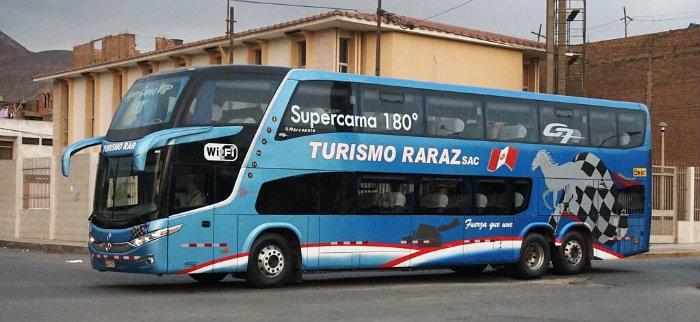 Viaja en un bus con Turismo Raraz